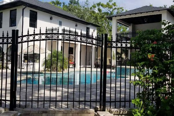 Decorative Aluminum Gate To Luxurious Pool Area