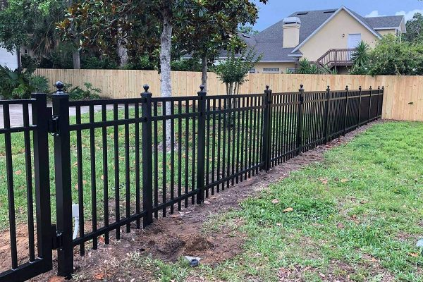 Aluminum Fence Project Pic